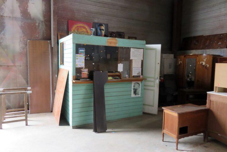L'ancienne caisse est désormais dans le bâtiment III