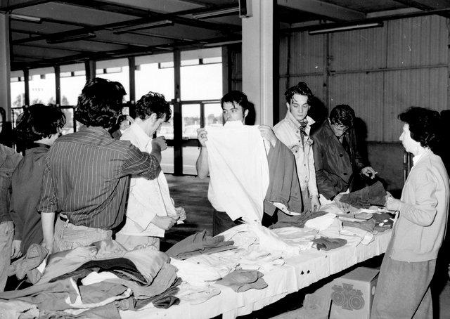 Halles des Expositions à Nevers, Itinerante pour l'achat du Domaine de la Folie. Mme Demay