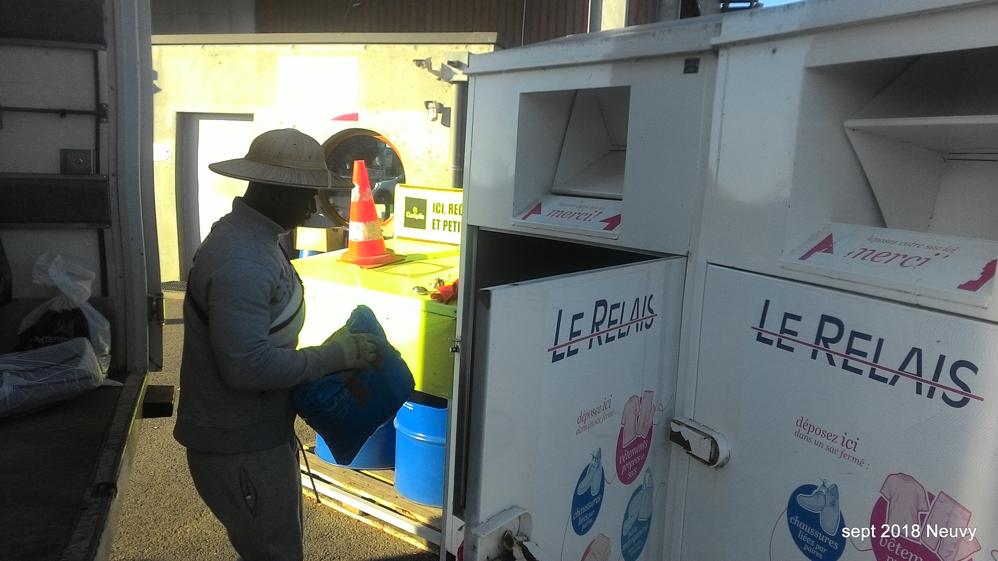 Septembre 2018 Ramassage Des Containers Emmaüs Nièvre
